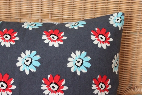 "SALE - Red, White & Blue Floral Pillow Cover, 16"" square"