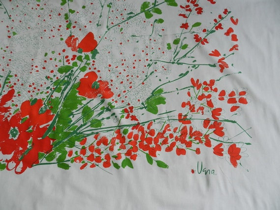 Vintage Vera Poppy Red Green and White Cotton Tablecloth Bright Colors Daisies
