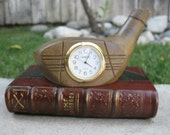 Golf Club desk clock - with pen holder (color black/red)