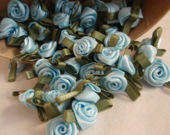 Roses Small  Blue  Satin  10pcs