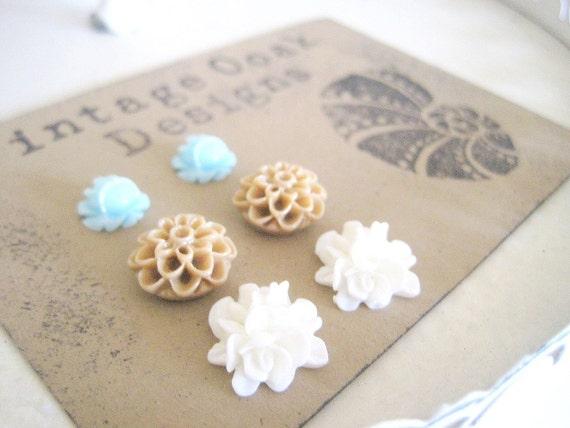 Seashore Flower Earrings, Seafoam Earrings, Seafoam Stud Earrings,Trendy Earrings, Beach Theme Earrings,Beach Earring Set, Clip on Earrings