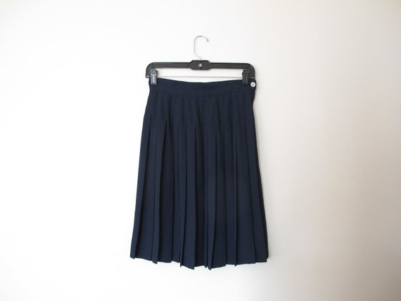 vintage uniform skirt dark navy blue accordion pleat knee length skirt chiffon Liz Claiborne S M box pleat