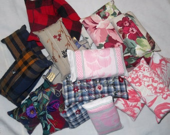 Four tissue holders for purse or pocket made of vintage table linens and upcycled clothing - s/h incl. in price