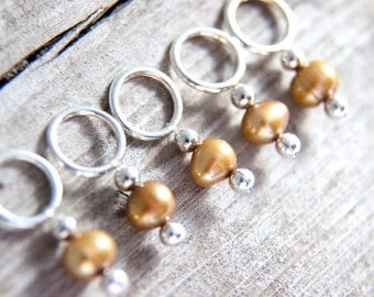 Pearl Stitch Markers // Pearl Knitting Markers // Snag Free // Set of 5