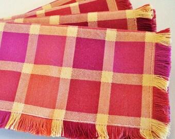 Set of 4 plaid cloth napkins