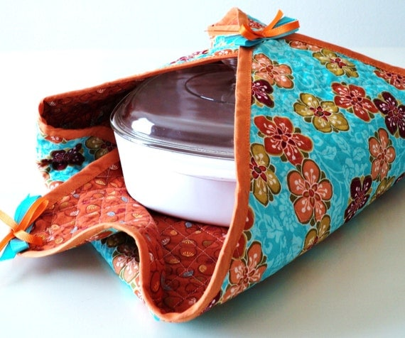 SALE reversible quilted casserole cover