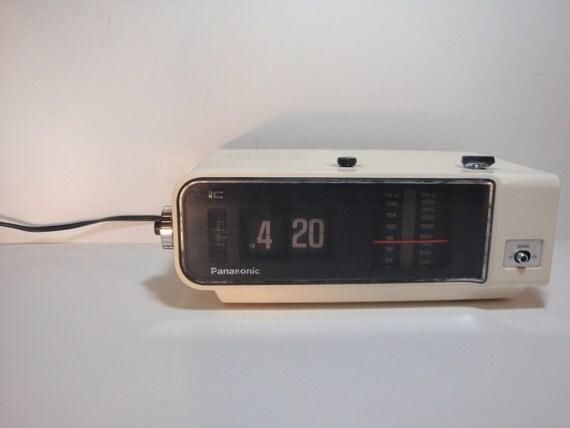 Vintage Panasonic Flip Clock Radio And Alarm