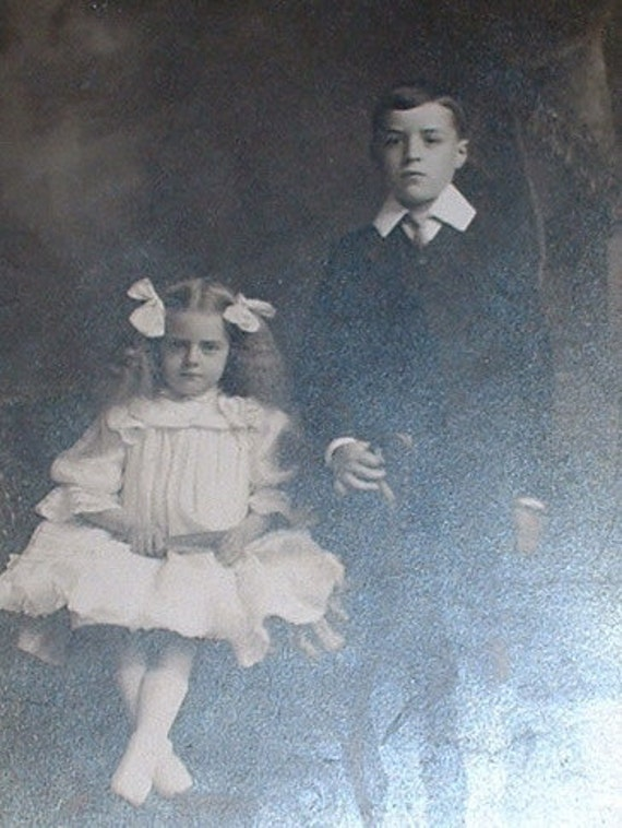 victorian photo of 2 children