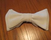 SALE 1980s Vintage Faux Tie Bow Tie