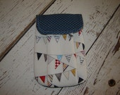 Reunion Bunting Pleated Pouch