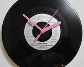 "WHITNEY HOUSTON - I Wanna Dance With Somebody 1987 Vinyl (7"" 45rpm) Record Clock. Original, Collectable Vinyl Record."