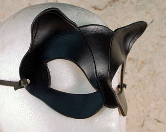 CATWOMAN Mask Leather Catwoman Mask Cosplay Selina Kyle Cosplay