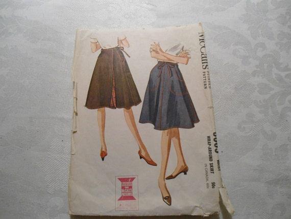 1962 McCalls Womens Wrap Around Skirt Pattern 6665