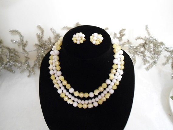 Demi Parure Vintage Yellow and White Bead Three Strand Adjustable Necklace and Earring Set
