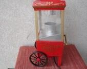 Awesome Retro Style Mini Popcorn Cart