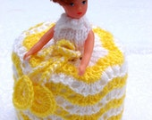 HELLO SUNSHINE Yellow and White 1960s 1970s Toilet Paper Roll Cover Crochet Girl Lady