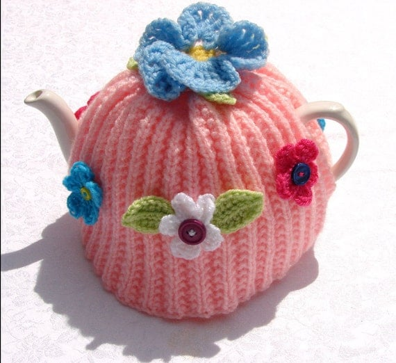 Ring of Posies TEA COSY cozy teacosy teacozy Button Flowers