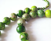 Bright green jasper necklace