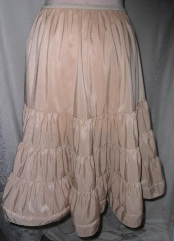 Vintage Petticoat Tiered Half Slip Beige American Maid Size Large