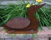 Metal Garden Art, sculptured metal loon with rust finish and polyurethane coating, yard and garden ornaments, bird yard ornaments