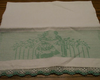 Vintage  Embroidery Towel  Loving Couple Decorative Guest or Kitchen Towel Crochet Detail