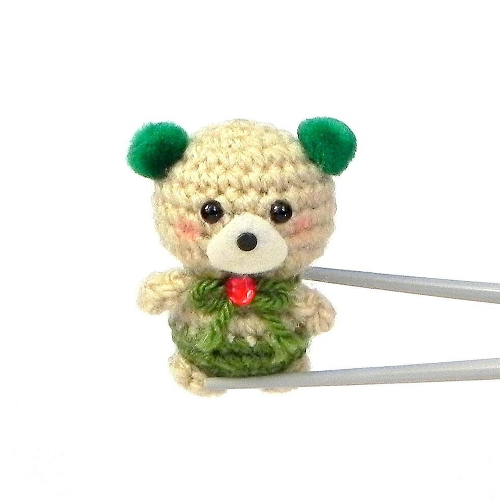 Green pom pom ears BBQ MochiQtie Crochet amigurumi Mochi