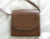 Bally of Switzerland purse brown, woven design, shoulder bag, small