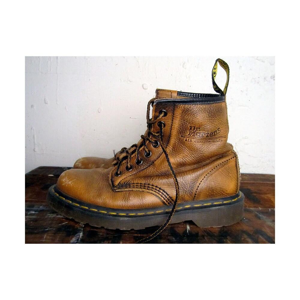 vintage doc martens boots 9 mens 7