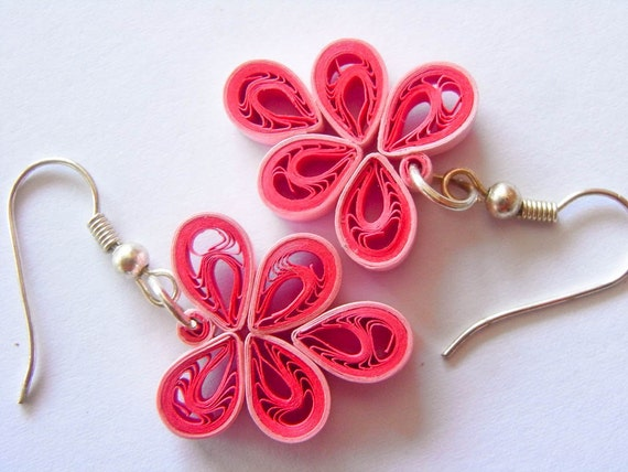 Items Similar To Ooak Leafy Paper Quilled Earrings In Pink