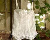 VALENTINES SALE Vintage White Lace Basque, Corset, Lingerie, Top - U.K 36A