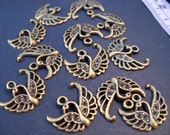Antiqued Bronze Bird Charms, Peacock, Swan, 4 pcs, 18mm