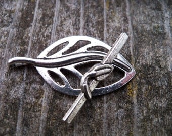 4 Silver Leaf Toggle Clasps 37mm Antiqued Silver
