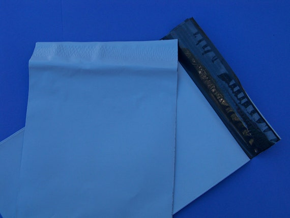 25 Self Sealing Poly Mailers 6 x 9 inches