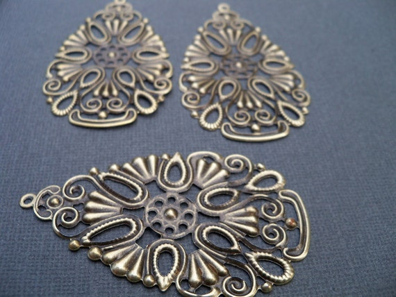 Large Antiqued Bronze Flower Drop Charms, Filigree (6)