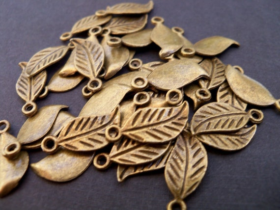 Antiqued Bronze Leaf Charms, 17mm, 20 pcs