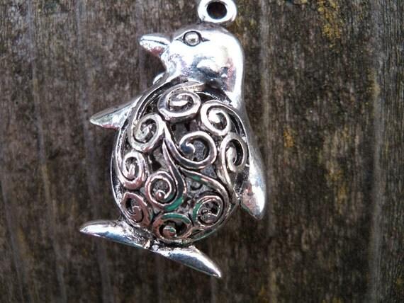 Silver Penguin Charms, Large, 3-D, Antiqued Silver, 4 pcs