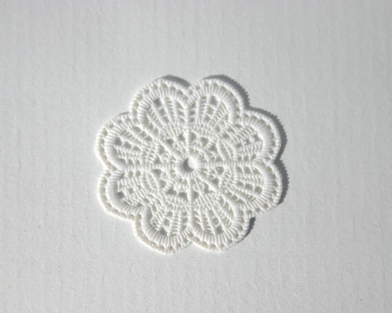 50 or 75 or 100 flexible vinyl Plastic doilies for mini food jewelry, Dollshouse miniatures, REGISTERED MAIL