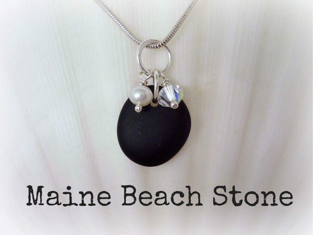 maine beach stone jewelry necklace black stone by. Black Bedroom Furniture Sets. Home Design Ideas