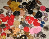 assorted colored buttons