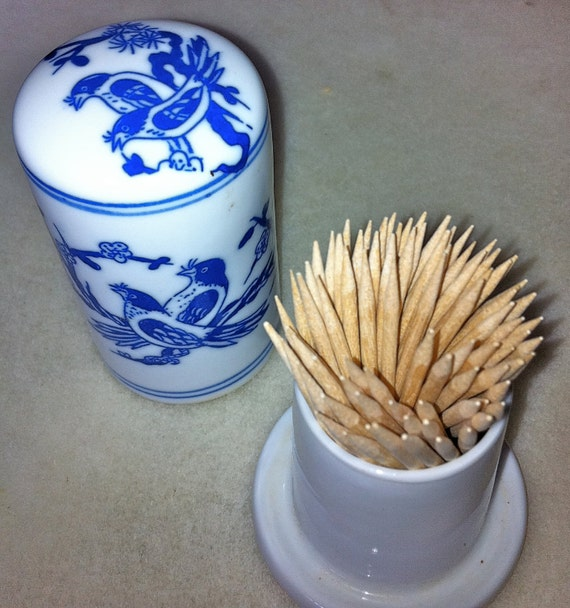Blue and White porcelain toothpick holder - Chinese export
