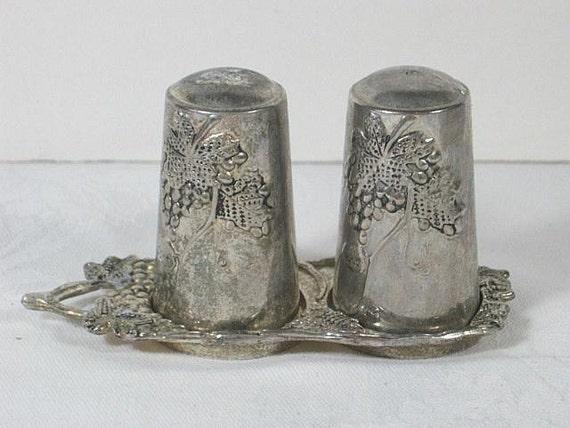 Vintage SILVERPLATE SHAKERS Grape Salt Pepper Holder Tray