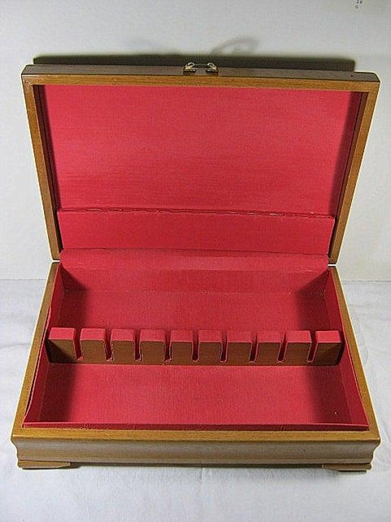 Vintage Silverware Chest Reed Barton Lipstick Pink Lining Flatware Storage