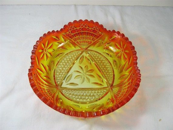 Vintage AMBERINA BOWL Gorgeous Thick Cut Crystal Fruit Serving Red Yellow