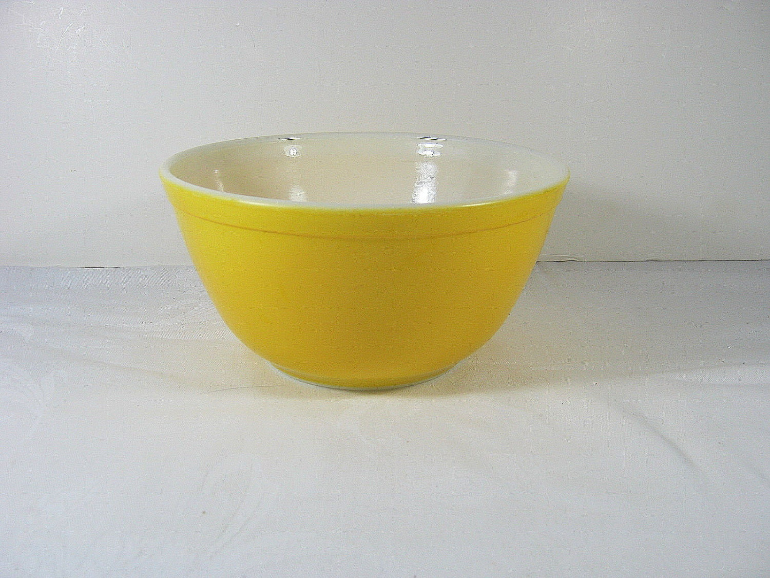 Vintage 60s Yellow PYREX BOWL Mixing 1 1/2 by ...