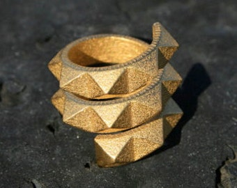 SPIN 720 - Yellow gold faceted modern spiral geometric 3D printed ring