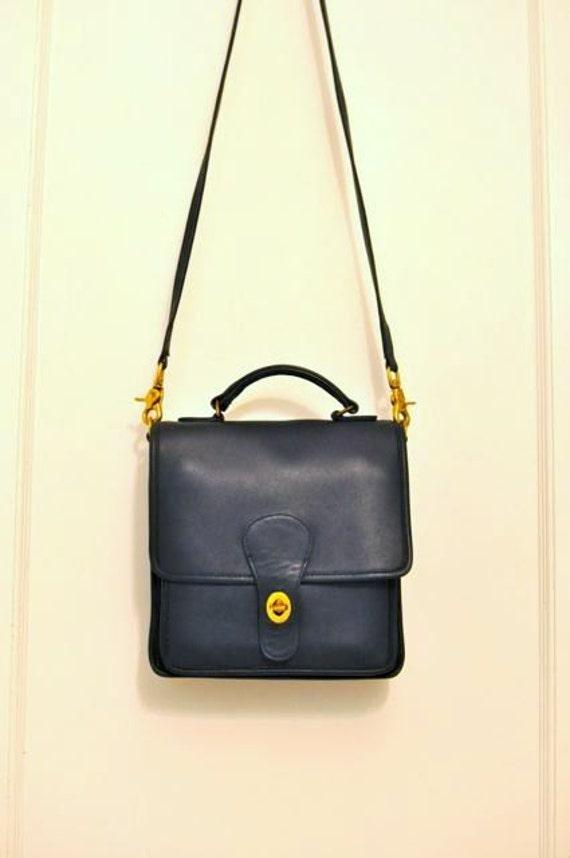 Vintage 1980s Coach Classic Dark Navy Blue Leather Medium Station Turnlock Bag - RARE