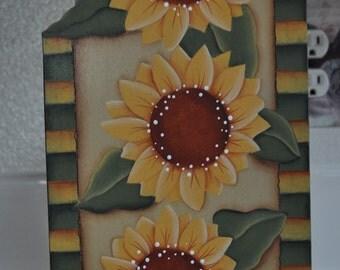Sunflower paper towel holder