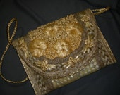 Vintage Raffia Straw Purse - flowers