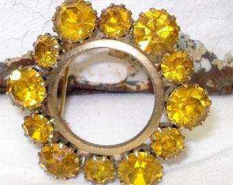 "Vintage 1 1/2"" Rhinestone Brooch Amber Yellow"