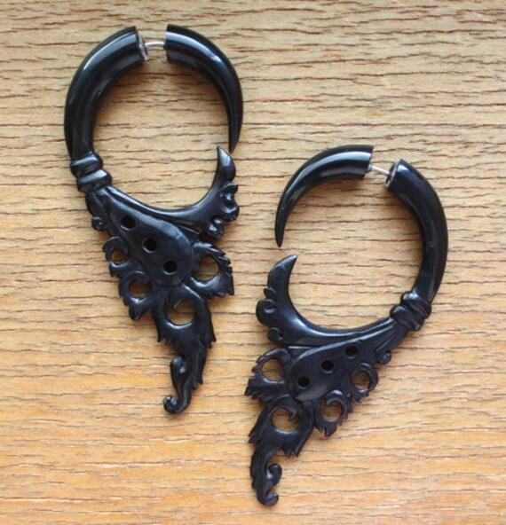 SIAM Fake Gauge Earrings - Natural Black Horn - Hand Carved Tribal Earrings